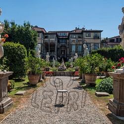 Architetture, giardini ed esterni di abitazioni, uffici e luoghi pubblici