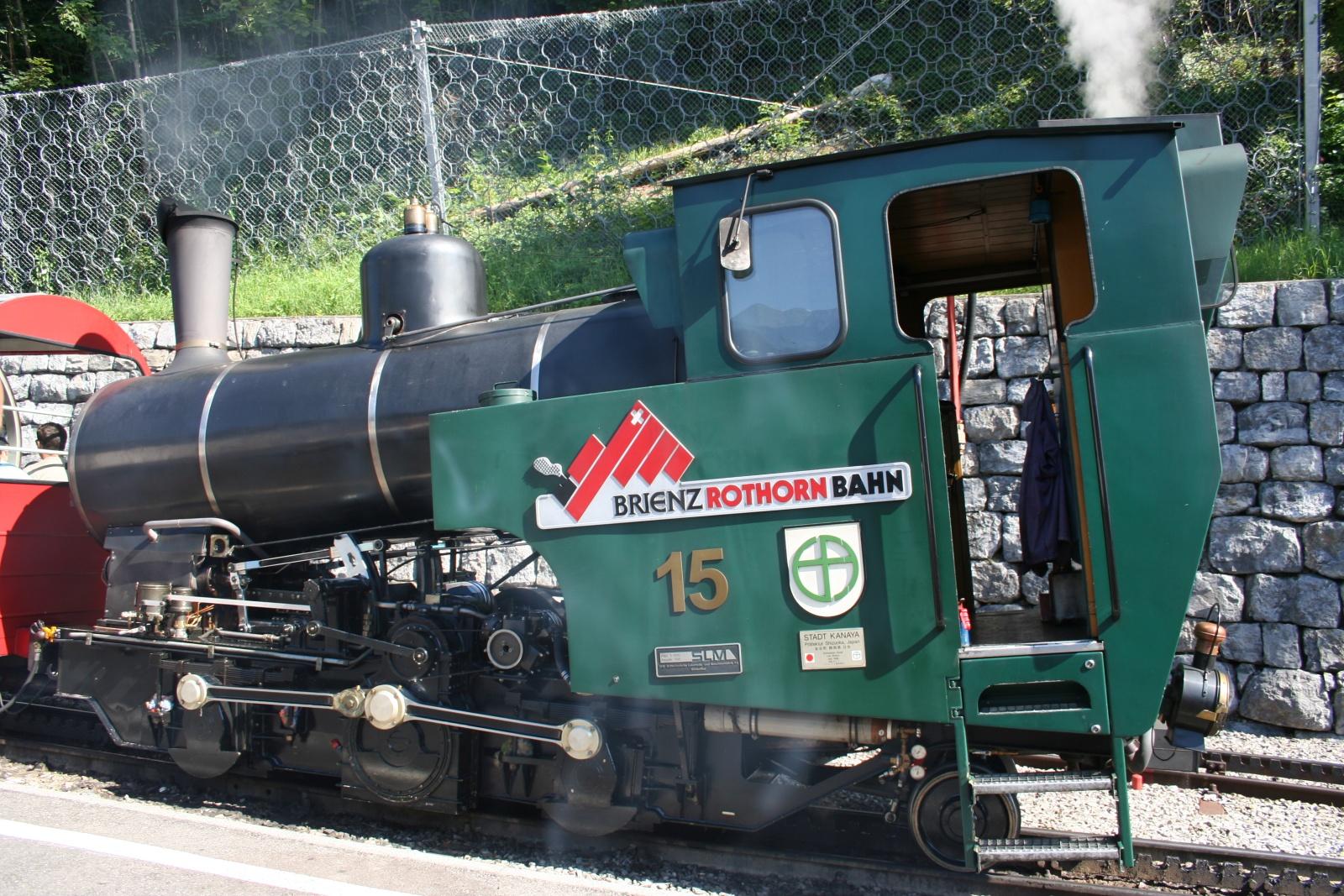 BRIENZ - Fantastica ferrovia in mezzo al verde della montagna